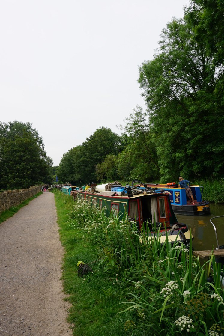 Bradford-on-Avon canal path with canal boats